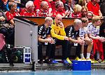 Eskilstuna 2014-10-03 Handboll Elitserien Eskilstuna Guif - Alings&aring;s HK :  <br /> Sk&ouml;vdes m&aring;lvakt Robert Lechte ser nedst&auml;md ut p&aring; avbytarb&auml;nken under matchen<br /> (Foto: Kenta J&ouml;nsson) Nyckelord:  Eskilstuna Guif Sporthallen IFK Sk&ouml;vde HK depp besviken besvikelse sorg ledsen deppig nedst&auml;md uppgiven sad disappointment disappointed dejected