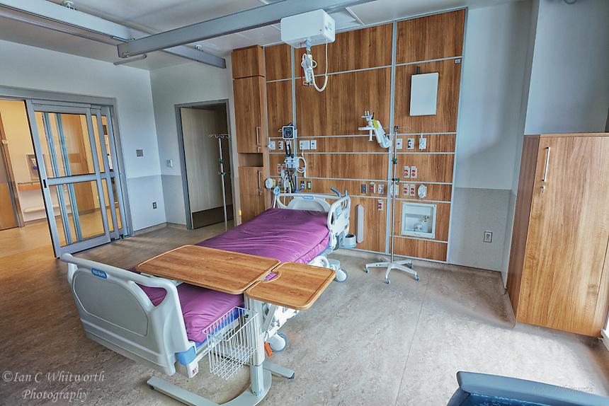 Oakville Trafalgar Memorial Hospital Intensive Care Room.