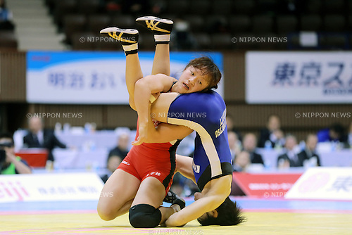 (L-R) Eri Tosaka, Yuki Irie,<br /> DECEMBER 22, 2013 - Wrestling :<br /> Empeor's Cup All Japan Wrestling Championships Women's 48kg Final match at Yoyogi 2nd Gymnasium in Tokyo, Japan. (Photo by Sachiko Hotaka/AFLO)