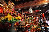 Confucius Statue inside Dai Bai Duong Pavilion, Temple of Literature, Hanoi, Vietnam