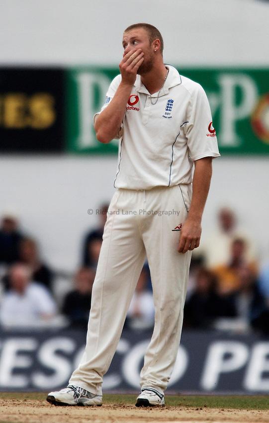 Photo: Glyn Thomas..England v Australia. nPower Test Series. The Ashes 2005..11/09/2005..England's Andrew Flintoff.