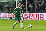 11.02.2018, Weserstadion, Bremen, GER, 1.FBL, SV Werder Bremen vs VfL Wolfsburg<br /> <br /> im Bild<br /> Thomas Delaney (Werder Bremen #6), Yunus Malli (VFL Wolfsburg #10), <br /> <br /> Foto &copy; nordphoto / Ewert