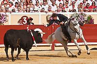 Europe/France/Aquitaine/64/Pyrénées-Atlantiques/Pays-Basque/Bayonne: Corrida à Cheval aux Arènes lors des Fêtes de Bayonne - Pablo Hermoso de Mendosa