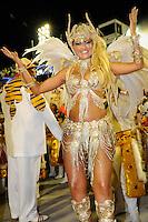 RIO DE JANEIRO, RJ, 20 DE FEVEREIRO 2012 - CARNAVAL 2012 - DESFILE PORTO DA PEDRA - Ellen Roche no desfile da escola de samba Porto da Pedra,  no primeiro dia de desfiles das Escolas de Samba do Grupo Especial do Rio de Janeiro, no sambódromo da Marques de Sapucaí, no centro da cidade, neste domingo.  (FOTO: GLAICON EMRICH - BRAZIL PHOTO PRESS).