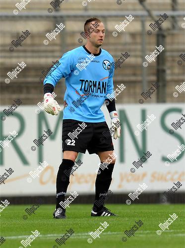 2011-07-30 / Voetbal / seizoen 2011-2012 / Verbroedering Geel-Meerhout / Patrick Coenen..Foto: mpics