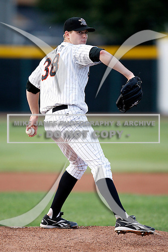 August 1, 2009:  Pitcher Jon Kibler of the Erie Seawolves during a game at Jerry Uht Park in Erie, PA.  Erie is the Eastern League Double-A affiliate of the Detroit Tigers.  Photo By Mike Janes/Four Seam Images