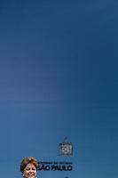 SAO BERNARDO DO CAMPO, SP, 13.12.2013 - INAUGURACAO HOSPITAL JOSE ALENCAR SBC - A presidente da Republica Dilma Rousseff durante inauguracao do Hospital de Clinicas Municipal Jose Alencar, em Sao Bernardo do Campo no ABC Paulista nesta sexta-feira, 13. (Foto: William Volcov / Brazil Photo Press).
