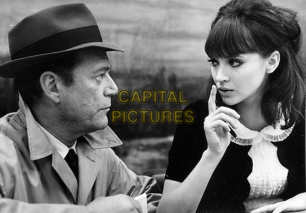 EDDIE CONSTANTINE & ANNA KARINA.in Alphaville.*Editorial Use Only*.www.capitalpictures.com.sales@capitalpictures.com.Supplied by Capital Pictures.