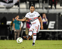 Orlando, FL - Saturday Jan. 21, 2017: São Paulo midfielder Cueva (10) during the first half of the Florida Cup Championship match between São Paulo and Corinthians at Bright House Networks Stadium.