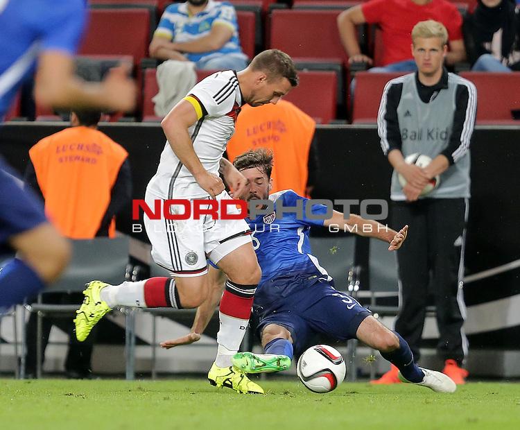 DFB Freundschaftsl&auml;nderspiel, Deutschland vs. USA<br /> Lukas Podolski (Deutschland), John Anthony Brooks (USA)<br /> <br /> Foto &copy; nordphoto /  Bratic