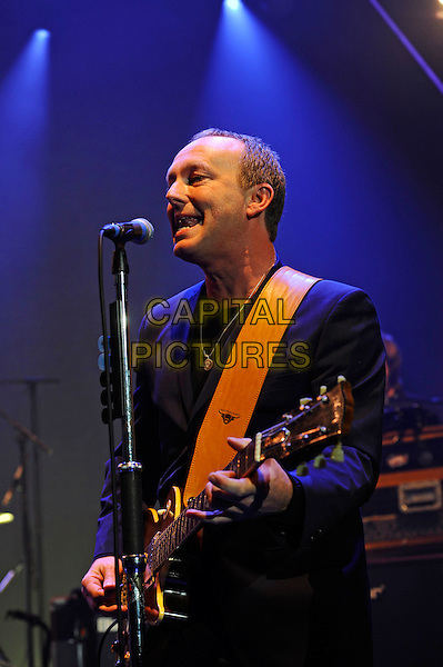 LONDON, ENGLAND - DECEMBER 5: Steve Cradock performing at Eventim Apollo on December 5, 2015 in London, England.<br /> CAP/MAR<br /> &copy; Martin Harris/Capital Pictures