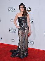 LOS ANGELES, CA. November 20, 2016: Singer Idina Menzel at the 2016 American Music Awards at the Microsoft Theatre, LA Live.<br /> Picture: Paul Smith/Featureflash/SilverHub 0208 004 5359/ 07711 972644 Editors@silverhubmedia.com