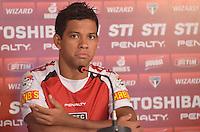SAO PAULO, 24 DE MARCO DE 2013 - TREINO SAO PAULO - O jogador Wallyson durante coletiva de imprensa, no CT da Barra Funda, região oeste da capital, na manha desta segunda feira, 25. (FOTO: ALEXANDRE MOREIRA / BRAZIL PHOTO PRESS)