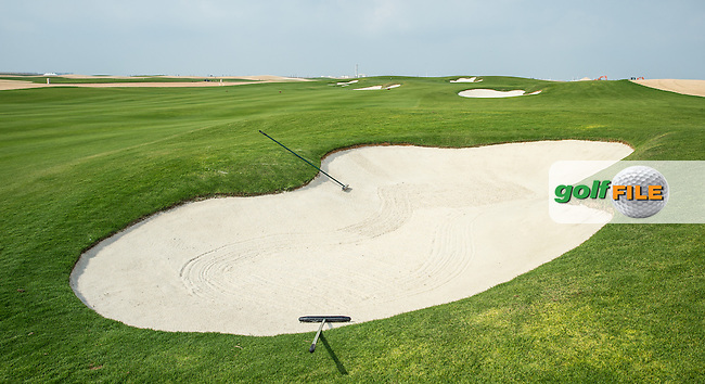 View of the right-side fairway bunker on the 1st at Al Zorah Golf Club, Dubai, United Arab Emirates.  26/01/2016. Picture: Golffile | David Lloyd<br /> <br /> All photos usage must carry mandatory copyright credit (&copy; Golffile | David Lloyd)