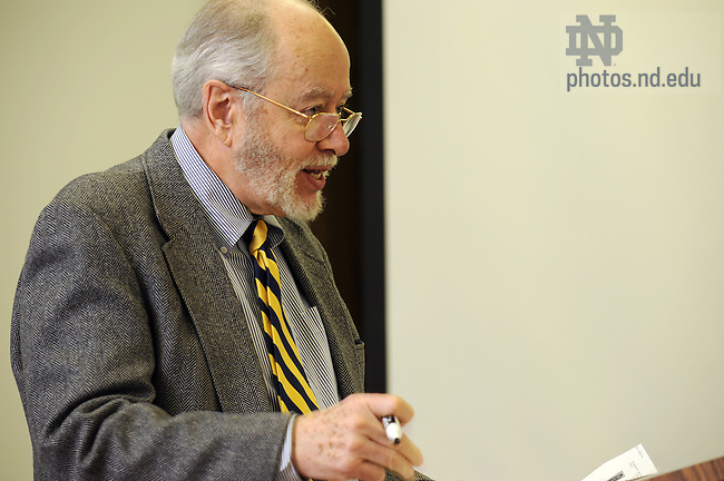 Law professor G. Robert Blakey teaches class