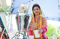 Cotton District Arts Festival (CDAF): serving Persian tea.<br />  (photo by Megan Bean / &copy; Mississippi State University)