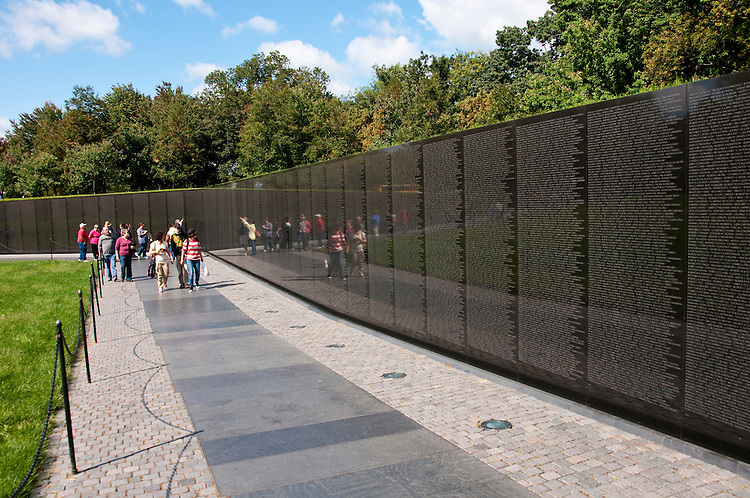 Vietnam War Memorial, Washington, DC, dc124631