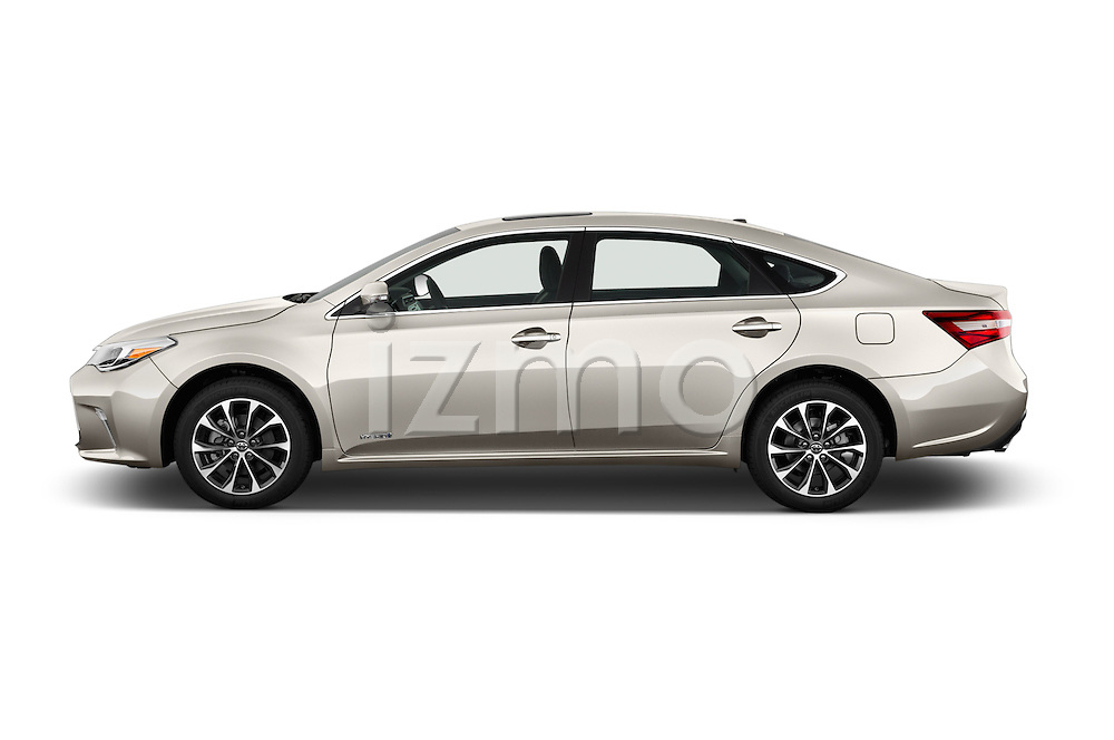 Car Driver side profile view of a 2018 Toyota Avalon XLE Premium 4 Door Sedan Side View