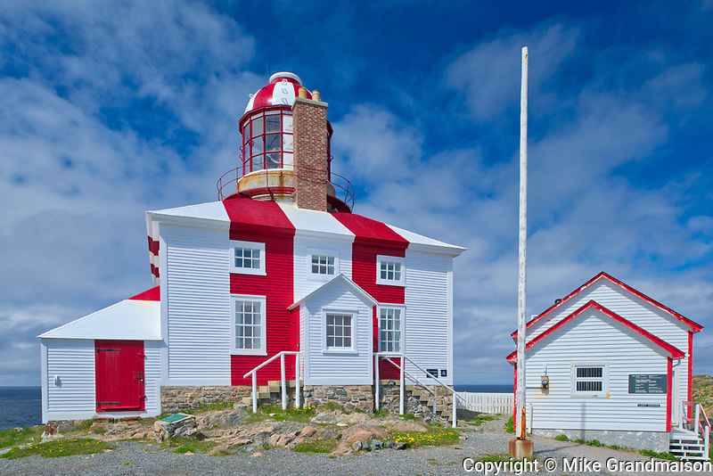 Lighthouse on Bonavista Peninsula. Atlantic Ocean.<br />