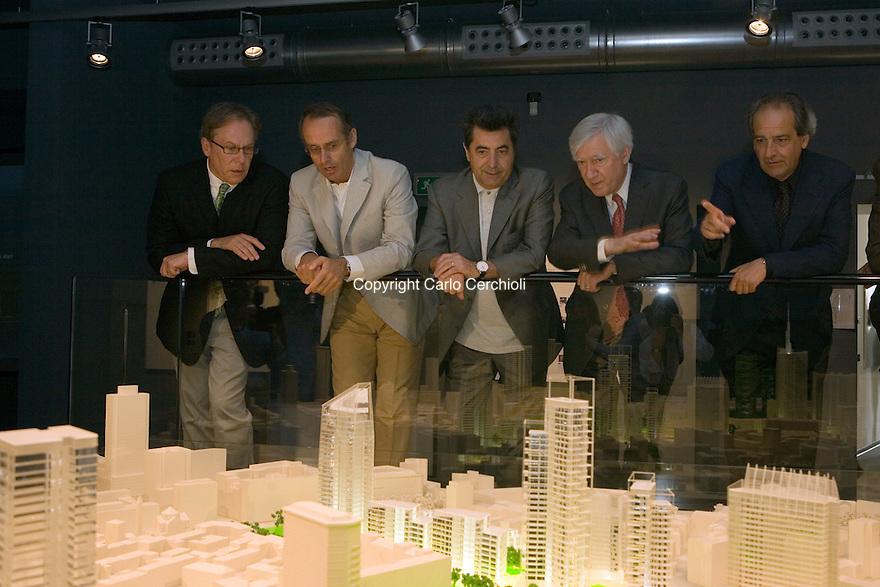Presentation of residenze porta nuova carlo cerchioli for Antonio citterio architetto