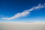 Bolivia, Altiplano, Salar de Uyuni, world's largest salt pan