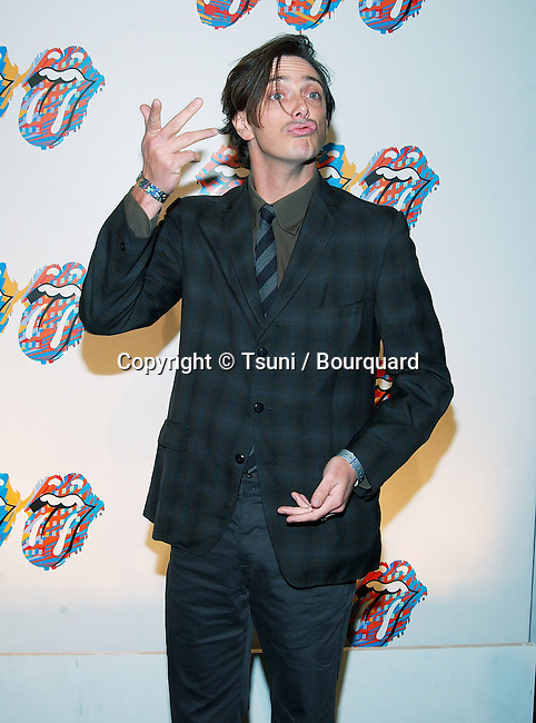 "Donovan Leach arriving at the Rolling Stones "" Fashion and Licks 2002 "" at the Beverly Hilton in Los Angeles. November 3, 2002.           -            LeachDonovan42.jpg"