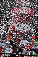 SÃO PAULO, SP, 14 DE MARÇO DE 2010 - SÃO PAULO INDY 300 - Na tarde desta domingo acontece em São Paulo a São Paulo Indy 300, etapa de abertura da temporada 2010 da IZOD IndyCar Series. Na foto festa do pódio da (e/d), Ryan Hunter-Reay, Will Power e Victor Meira. A São Paulo Indy 300 nas ruas de São Paulo, passando pelo Sambódromo e Marginal do Tietê. (FOTO: WILLIAM VOLCOV / NEWS FREE).