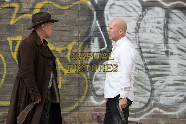 John Malkovich, Bruce Willis<br /> in RED 2 (2013) <br /> *Filmstill - Editorial Use Only*<br /> CAP/NFS<br /> Image supplied by Capital Pictures