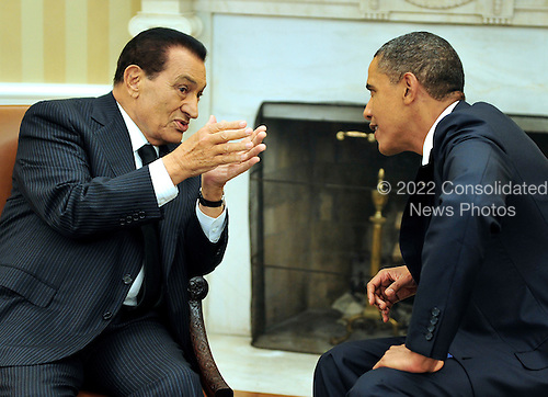 United States President Barack Obama meets President Hosni Mubarak of Egypt in the Oval Office of the White House in Washington, D.C. on Wednesday, September 1, 2010.  This is one of several meetings between the President and Middle East Leaders in advance of the opening of the first direct talks in two years between Israel and the Palestinian Authority scheduled to begin at the State Department in Washington, D.C. tomorrow..Credit: Ron Sachs / Pool via CNP