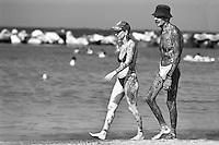 Italia, Riviera Adriatica, Bellaria Igea Marina, tatuaggio totale