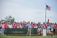 Jason Dufner (USA) watches his tee shot on 1 during round 4 of The Players Championship, TPC Sawgrass, at Ponte Vedra, Florida, USA. 5/13/2018.<br /> Picture: Golffile | Ken Murray<br /> <br /> <br /> All photo usage must carry mandatory copyright credit (&copy; Golffile | Ken Murray)