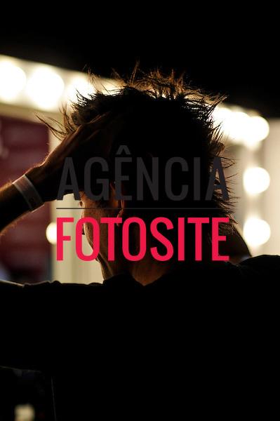 Rio de Janeiro, Brasil - 18/04/2013 - Backstage do desfile de Herchcovitch durante o Fashion Rio  - Verao 2014. Foto: Gustavo Scatena/ FOTOSITE
