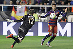 Rayo Vallecano's Juan Carlos Martin (l) and FC Barcelona's Luis Suarez during La Liga match. March 3,2016. (ALTERPHOTOS/Acero)