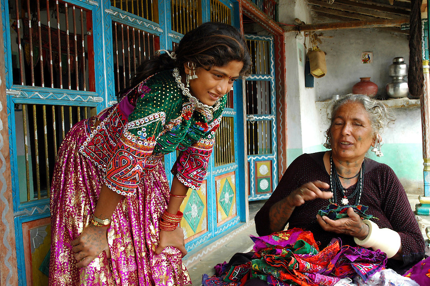 Maldhari girl wearing wedding dress, with her mother..Michael Benanav - mbenanav@gmail.com
