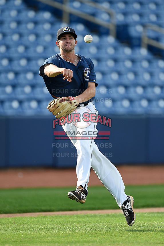 Lake County Captains third baseman Paul Hendrix (8) during practice before a game against the Fort Wayne TinCaps on August 21, 2014 at Classic Park in Eastlake, Ohio.  Lake County defeated Fort Wayne 7-8.  (Mike Janes/Four Seam Images)