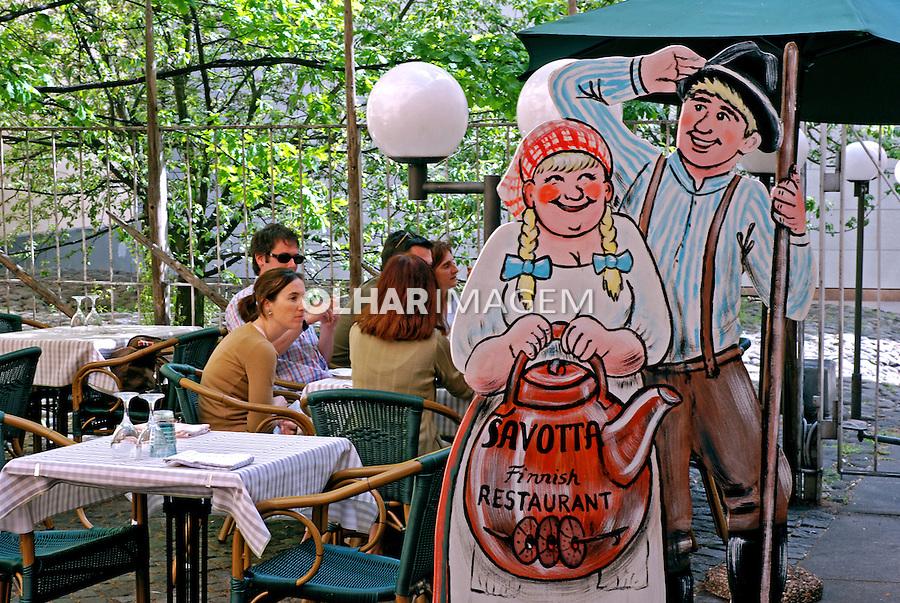 Bar e restaurante em Helsinki. Finlândia. 2007. Foto de Vinicius Romanini.