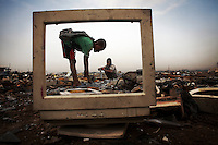 Ghana: Rubbish dump 2.0 by Andrew McConnell