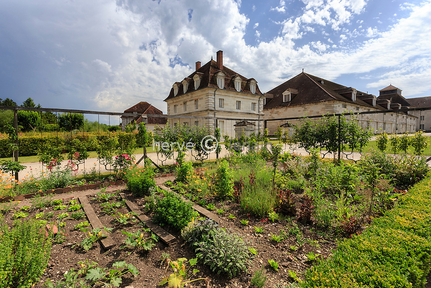 France, Doubs (25), Arc-et-Senans, saline royale d'Arc-et-Senans, classé patrimoine mondial de l'UNESCO, Festival des Jardins 2014, thème, Jardins Nomades, jardin potager // France, Doubs, Arc et Senans, Royal Saltworks at Arc et Senans, listed as World Heritage by UNESCO, Festival of Gardens 2014, Kitchen garden