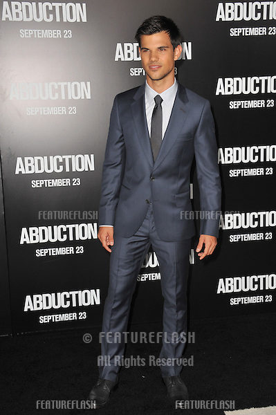 "Taylor Lautner at the world premiere of his new movie ""Abduction"" at Grauman's Chinese Theatre, Hollywood..September 15, 2011  Los Angeles, CA.Picture: Paul Smith / Featureflash"