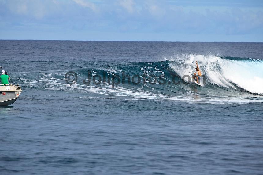 JULIAN WILSON (AUS) Free surfing at Small Pass,Teahupoo, Tahiti, Monday May 4 2009. Photo: joliphotos.com