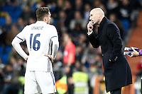 Real Madrid's coach Zinedine Zidane (r) and Mateo Kovacic during La Liga match. March 1,2017. (ALTERPHOTOS/Acero) /NortePhoto.com