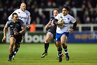 Ben Tapuai of Bath Rugby goes on the attack. Aviva Premiership match, between Newcastle Falcons and Bath Rugby on February 16, 2018 at Kingston Park in Newcastle upon Tyne, England. Photo by: Patrick Khachfe / Onside Images