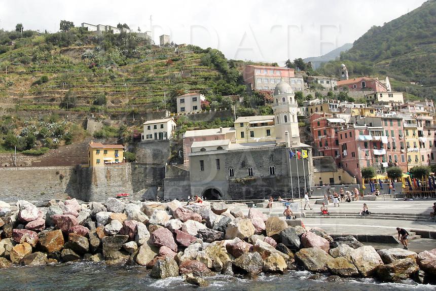 Uno scorcio di Vernazza, uno dei borghi delle Cinque Terre, sormontata dai vigneti.<br /> Vineyards are seen past the village of Vernazza at the Cinque Terre.<br /> UPDATE IMAGES PRESS/Riccardo De Luca
