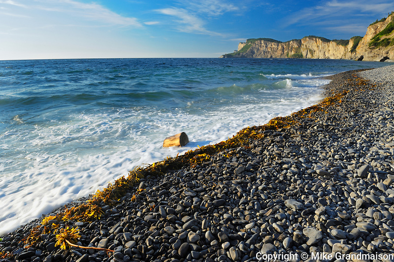 Shoreline along the Atlantic Ocean <br /> Forillion National Park<br /> Quebec<br /> Canada