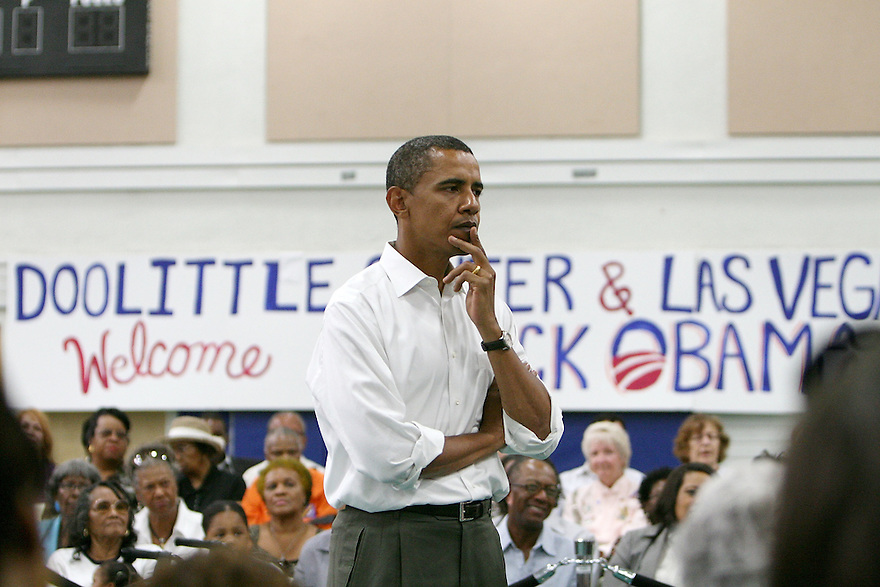 LAS VEGAS - SEPTEMBER 06:  Sen.D-Ill.Barack Obama speaks at a town hall forum on Sept.06,2007at the Doolittle Community Center in Las Vegas  (Photo by Soul Brother/FilmMagic)