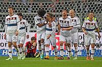 Jubel um Xherdan Shaquiri (Bayern) beim 0:4 mit Thomas Mueller und Dante, Marco Russ (Eintracht) frustriert - Eintracht Frankfurt vs. FC Bayern München, Commerzbank Arena