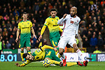 David McGoldrick (r) of Sheffield United is challenged by Mario Vrancic of Norwich City during the Premier League match at Carrow Road, Norwich. Picture date: 8th December 2019. Picture credit should read: James Wilson/Sportimage