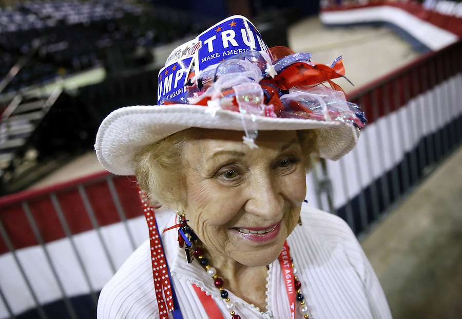 Freda Green, of Louisiana, wears a hat in support of Republican U.S. presidential candidate Donald Trump before a rally in Baton Rouge, Louisiana February 11, 2016. REUTERS/Jonathan Bachman