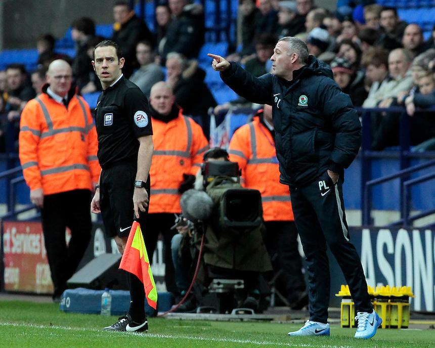 Blackburn Rovers manager Paul Lambert  shouts instructions to his team from the dug-out<br /> <br /> Photographer David Shipman/CameraSport<br /> <br /> Football - The Football League Sky Bet Championship - Bolton Wanderers v Blackburn Rovers - Monday 28th December 2015 - Macron Stadium - Bolton <br /> <br /> &copy; CameraSport - 43 Linden Ave. Countesthorpe. Leicester. England. LE8 5PG - Tel: +44 (0) 116 277 4147 - admin@camerasport.com - www.camerasport.com
