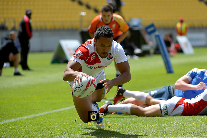 Japan's Honeti Taumohaapai in action during the HSBC Wellington Sevens at Westpac Stadium, Wellington, New Zealand on Sunday 29January 2017.<br />